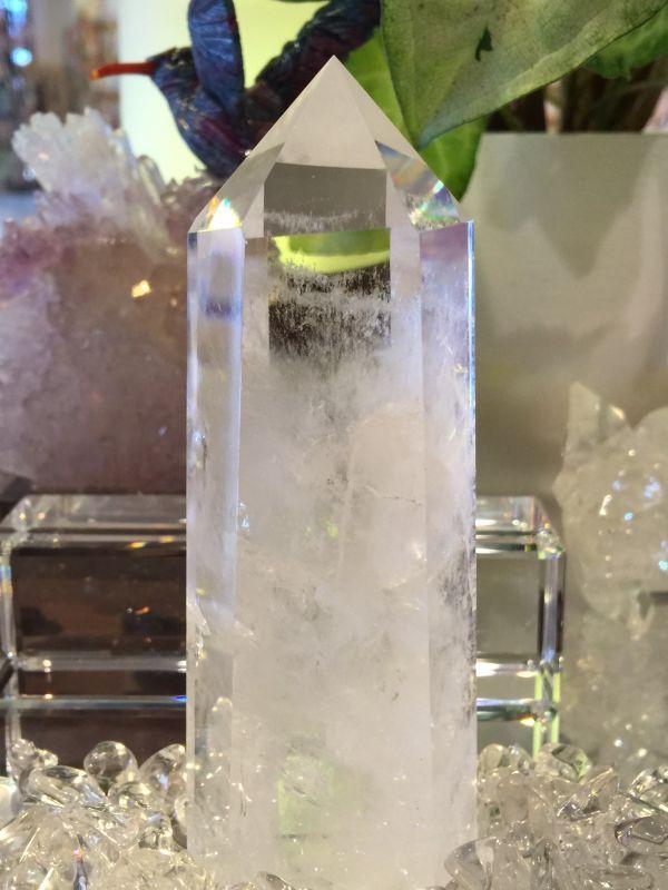 画像1: 【一点物】ブラジル産クリスタルクォーツ(水晶)・ポイント型×ミネラル【送料無料・代引無料】 (1)