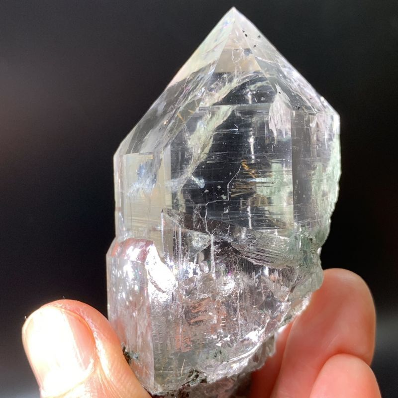 画像1: ヒマラヤ・マニハール産水晶・ルチル入り!透明!虹がいっぱい!クル地区・マニハール産 天然石 (1)