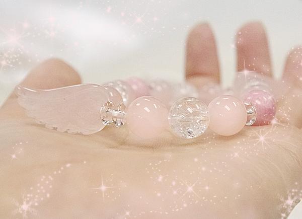 画像2: 天使の羽のブレスレット---あなたに恋の魔法を---×水晶×クラック水晶×ローズクォーツ×ロードナイト使用